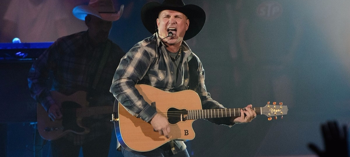 Garth Brooks Performing at a stage