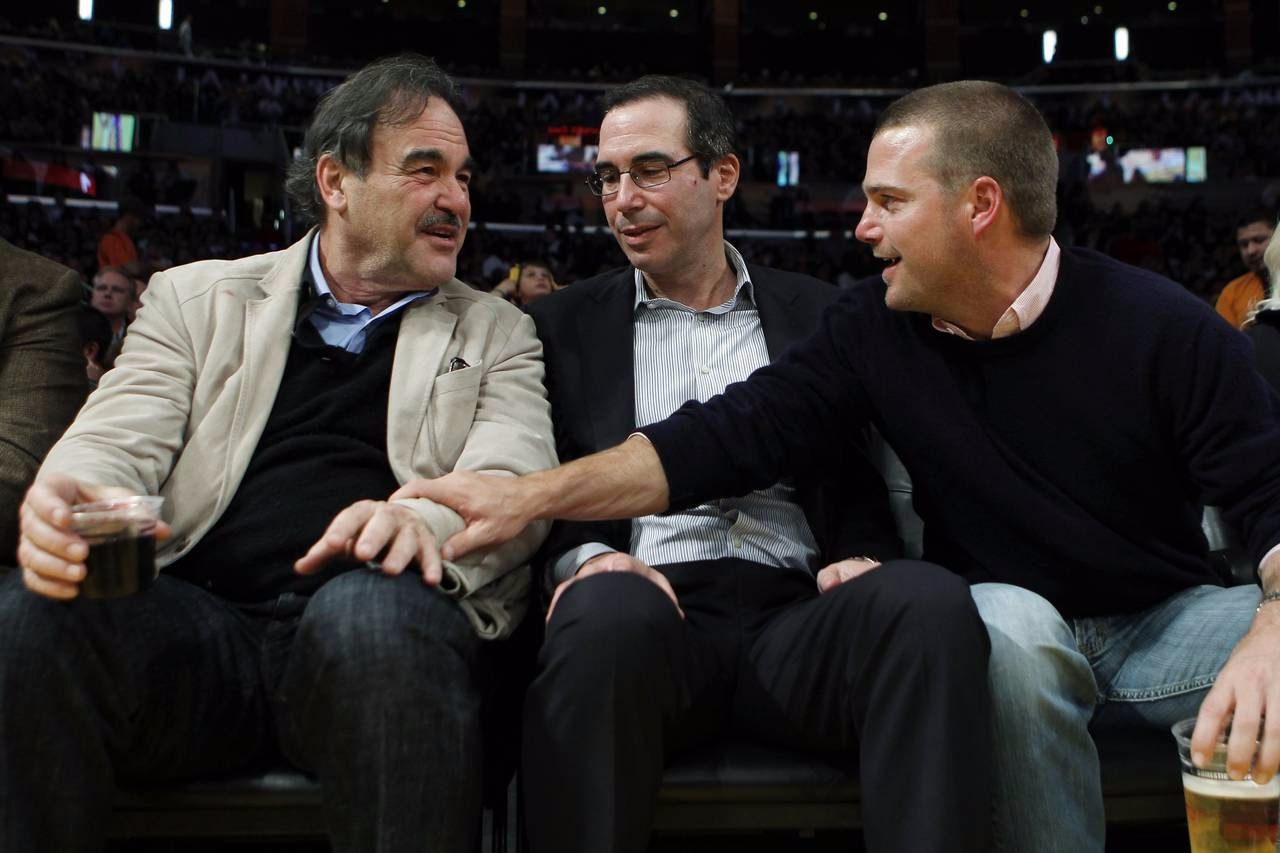 Steven Mnuchin (middle), Oliver Stone (left) and Chris O'Donnell (right)