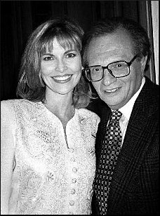 Larry King with his seventh wife Shawn King. Larry King and his seventh wife, Shawn King got married in 1997.