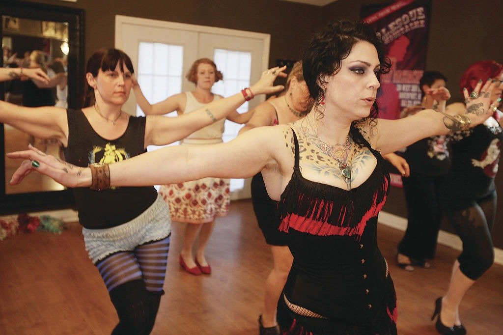 Burlesque dancer, Danielle Colby is teaching her moves to her troupe
