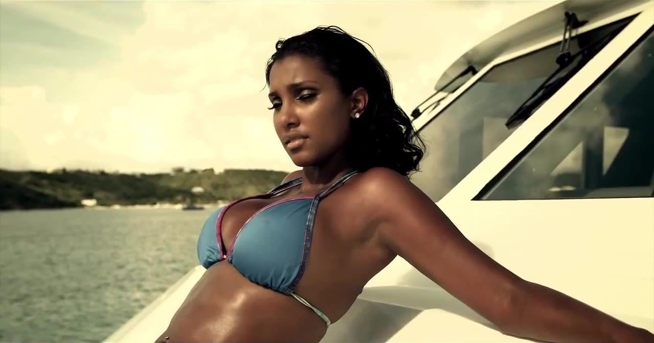 Bernice Burgos looks ravishing in her bikini avatar