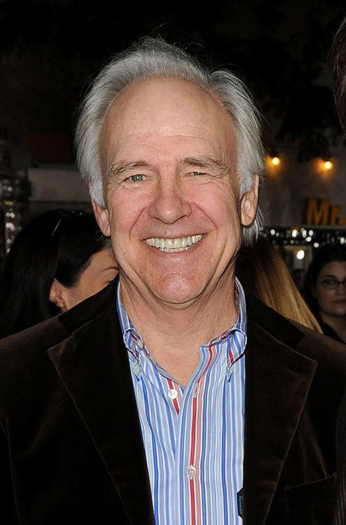 Actor Robert Pine currently lives with his wife Gwynne Gilford and is the father of actors Katherine Pine and Chris Pine