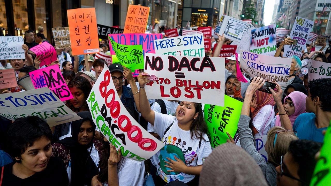 The immigrants with no legal status are protesting against the DACA end decision of president Donald Trump
