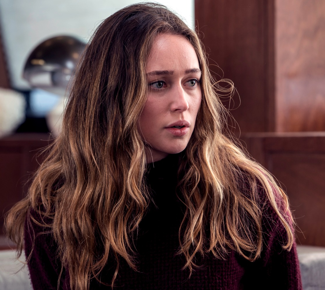 Alycia Debnam-Carey acting out a scene for her series. She is facing towards the right as she says her lines