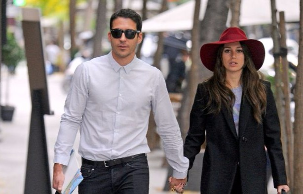Miguel Angel Silvestre hand in hand with girlfriend Blanca Suarez