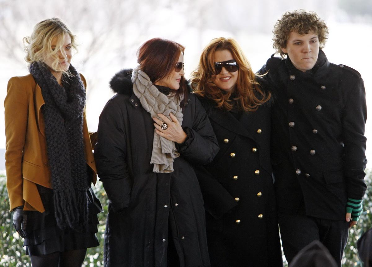 From the Left: Riley Keough, Priscilla Presley, Lisa Marie Presley and Benjamin Presley.