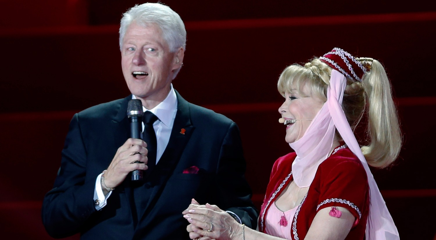 Barbara Eden appeared on her 1960s Jeanine dress. President Clinton and Barbara holding hands while President complimented her for an exceptional acting career