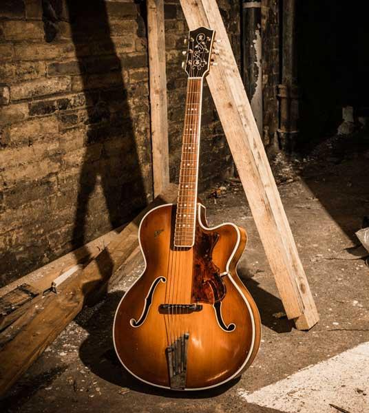 Hofner Archtop – Steel string guitar