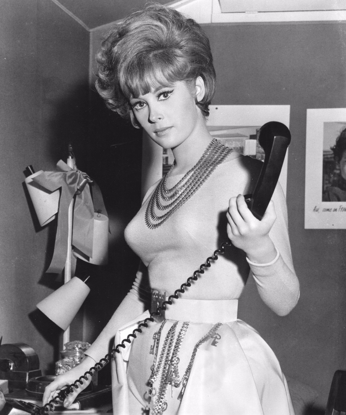 Jill St. John as Peggy John in the movie Come Blow Your Horn