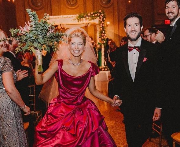 Sara Eisen during her wedding ceremony