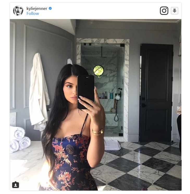 Kylie Jenner's recent image with likes more than 3m is her mirror selfie snap.