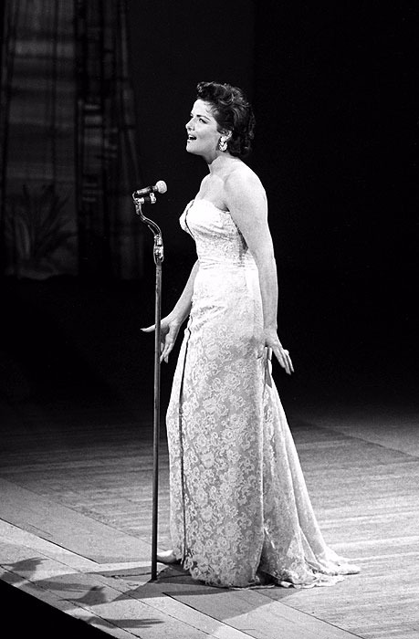 Jane Russell singing on the stage
