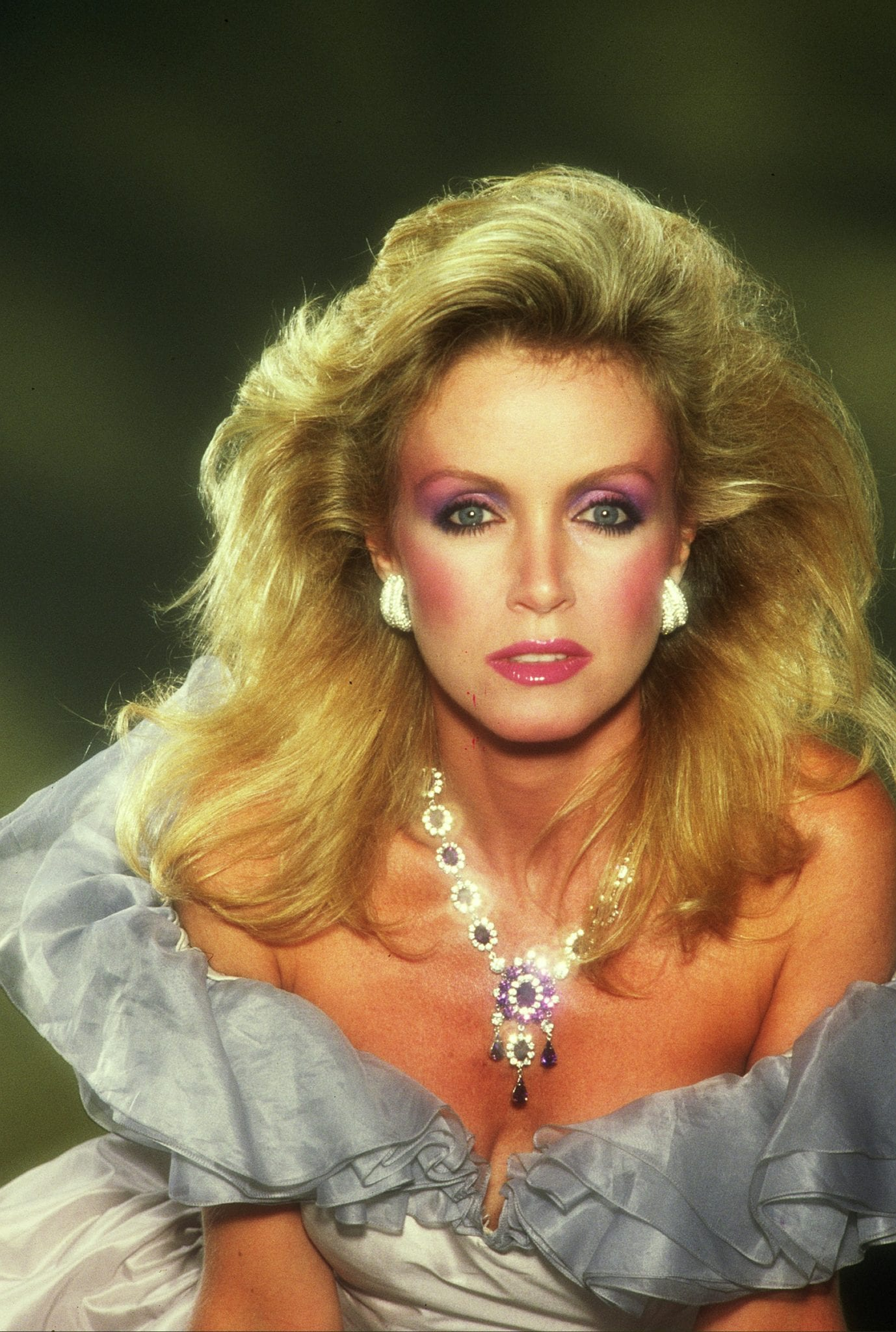 Donna Mills giving a exotic pose for the photo shoot