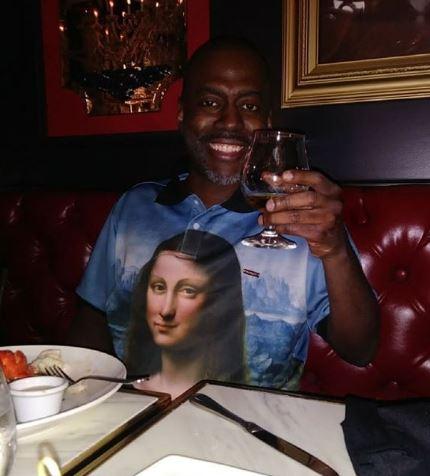 Deon Richmond doing Cheers