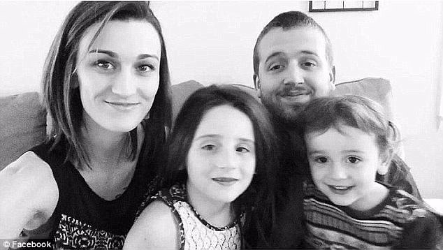 Daniel Shaver with wife Laney and two daughters