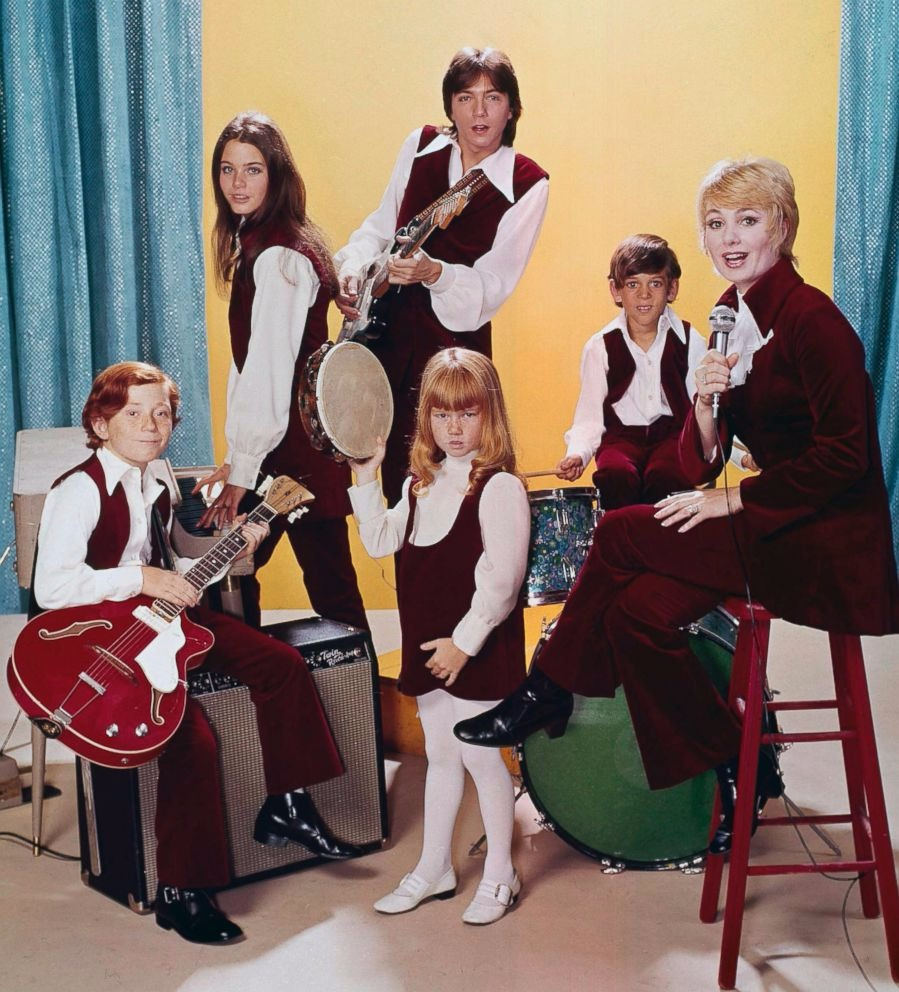The Partridge Family Cast featuring Shirley Jones, David Cassidy, Susan Dey, Danny Bonaduce, Jeremy Gelbwaks and Suzanne Crough.