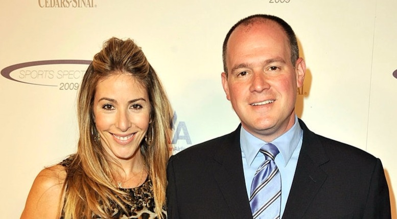 Rich Eisen with his wife.