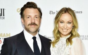 Jason Sudeikis Acknowledges Former Fiancee Olivia Wilde at Critics Choice Awards
