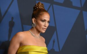 Jennifer Lopez's $1.8 million Diamond Engagement Ring is Still Missing