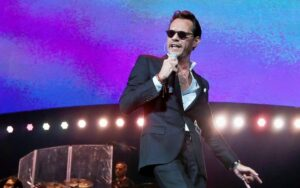Marc Anthony Apologizes to Fans For Concert's Technical Failure