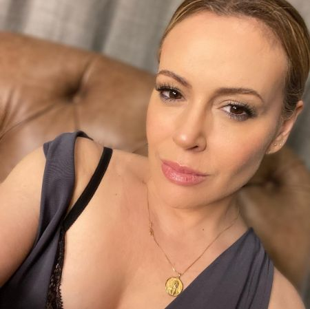 Alyssa Milano in a seductive pose