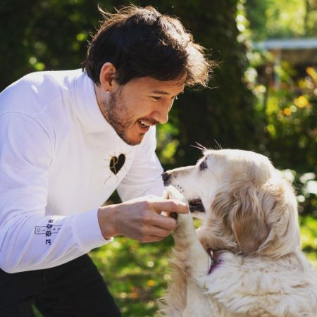 Markiplier with his dog