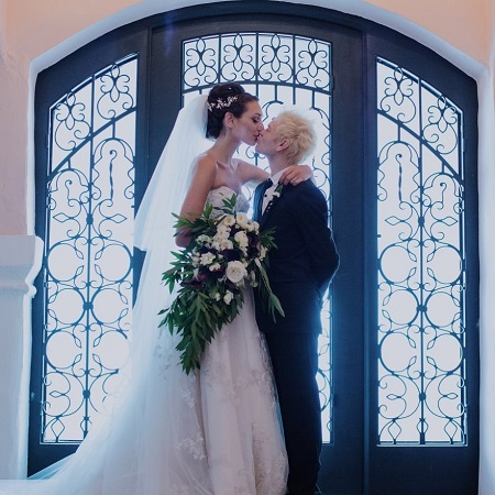 Deryck Whibley The Canadian musician married Ariana Cooper on 2015