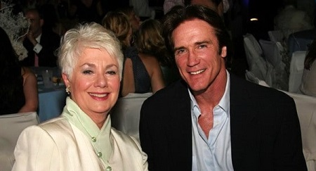 Mary attending event with her husband Barry Van Dyke