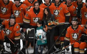 10 Hottest NHL Wives and Girlfriends
