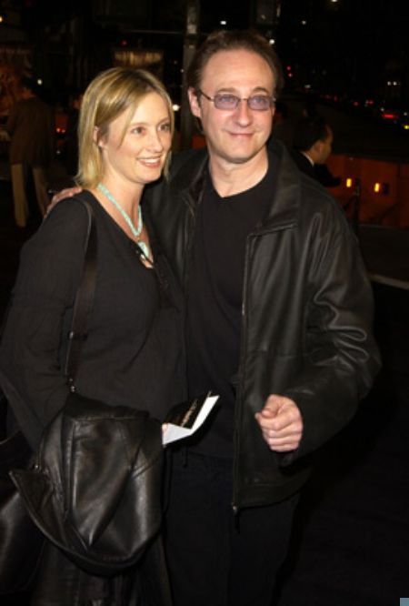 Brent Spiner and Loree McBride at an event for The Time Machine in 2002
