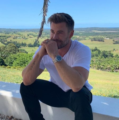 Chris Hemsworth in a casual outfit