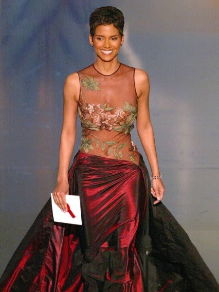 Halle Berry in her most memorable outfit during the Oscars