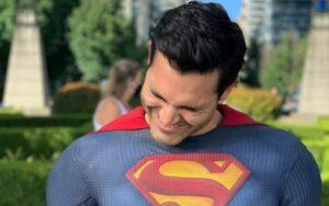 Tyler Hoechlin in the suit of Superman