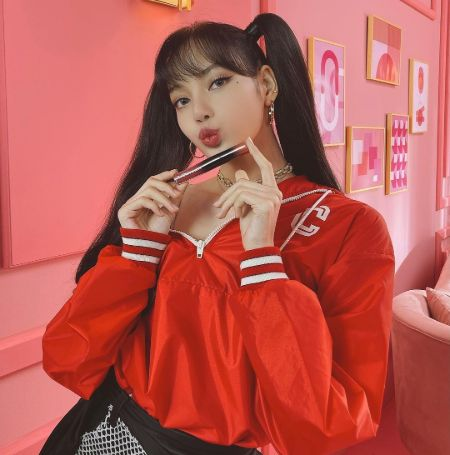 Lisa Promoting M·A·C Cosmetics and Celine